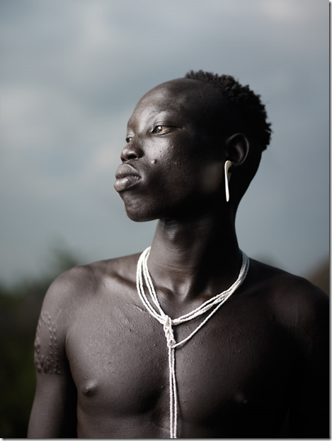 Portrait of Mursi Man, photograph by JoeyL.